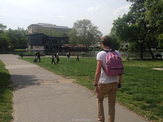 Wandelen door Városliget park