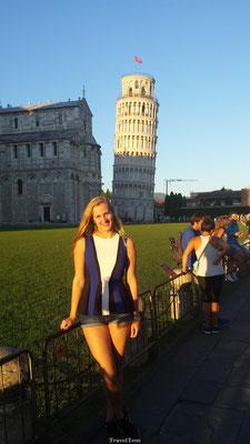 Poseren bij de Scheve Toren van Pisa