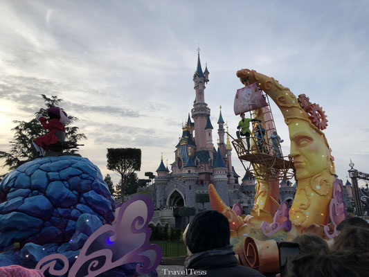 Parade Disneyland Parijs