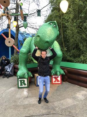 Dino Toys Story in Disney Studio's Park