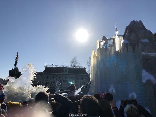 Frozen optocht Disneyland Parijs