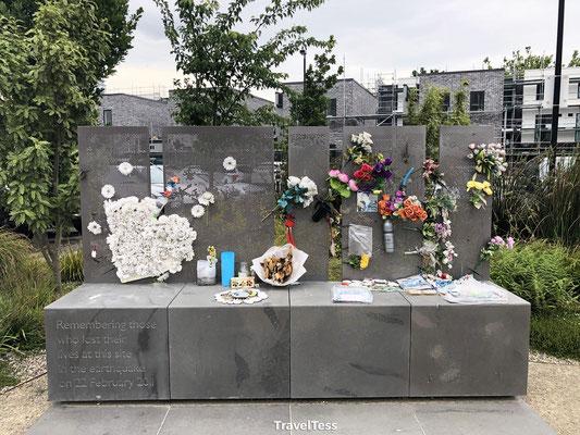 Monument Christchurch voor de aardbeving in 2011
