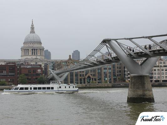 Millennium Bridge Londen