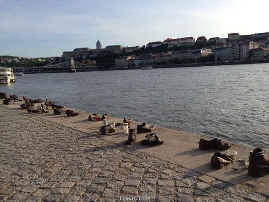 Monument voor Jodenvervolging in Boedapest
