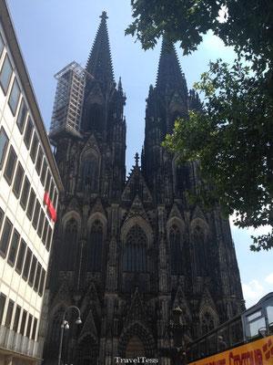 De Dom van Keulen vooraanzicht