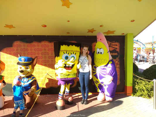 Op de foto met Spongebob en Patrick in Moviepark Germany
