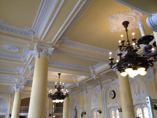 Fraai interieur Széchenyibad badhuis