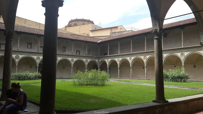 Binnenplaats Santa Croce kerk Florence
