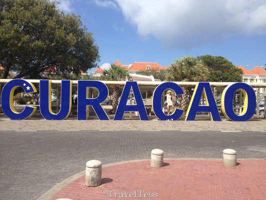 Curaçao bord in Willemstad