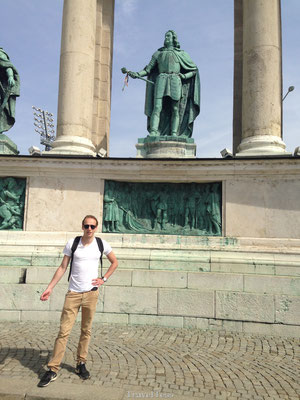 Standbeeld Heldenplein nadoen in Boedapest