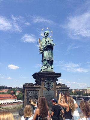 Engelen standbeeld Karelse Brug