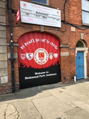 Voetbalwedstrijd Dublin bezoeken