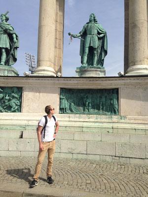 Helden op het Heldenplein van Boedapest