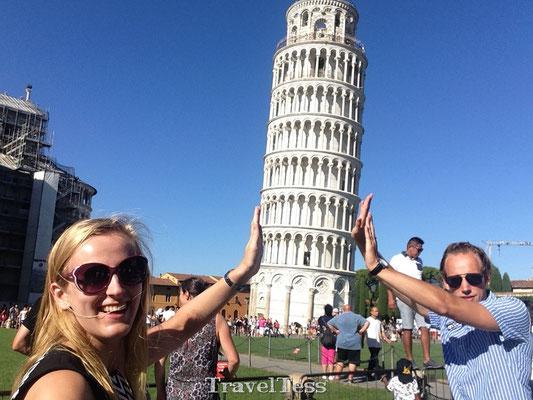 Scheve Toren van Pisa tegenhouden