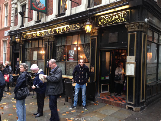 Lunchen bij Sherlock Holmes Pub