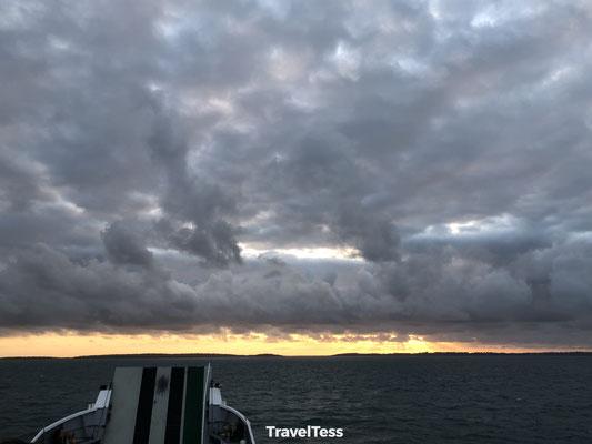 Ferry Fraser Island