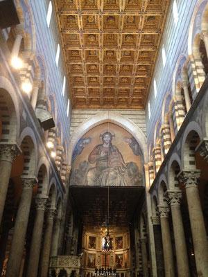Interieur kerk van Pisa