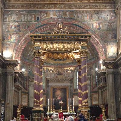 Interieur Sint-Pieter Basiliek Rome