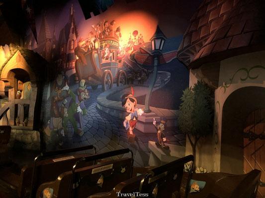 Pinokio attractie Disneyland Parijs