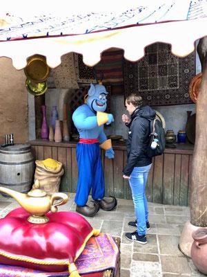 Ontmoeting Geest van Aladin Disneyland Parijs