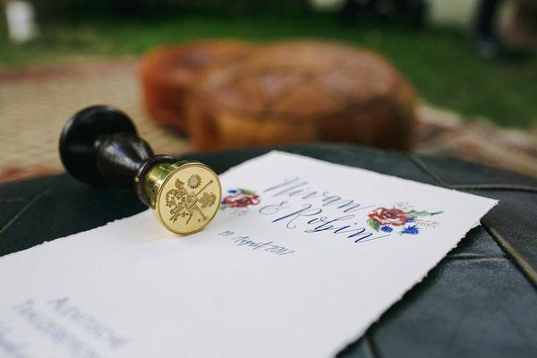 Siegelstempel mit Familiensignet - Foto: Hanna Witte Hochzeitsreportagen