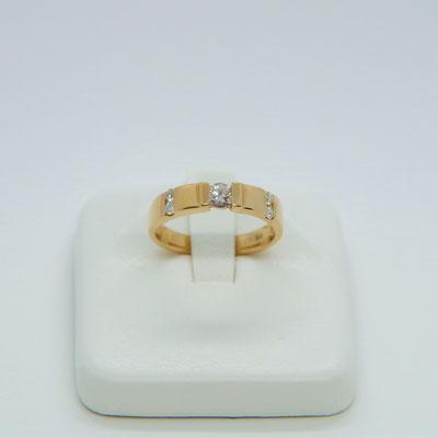 K18ダイヤ ダイヤ0.17CT0.10CT リングサイズ約9号