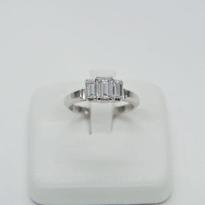 PTダイヤ  ダイヤ0.97CT リングサイズ約11.5号