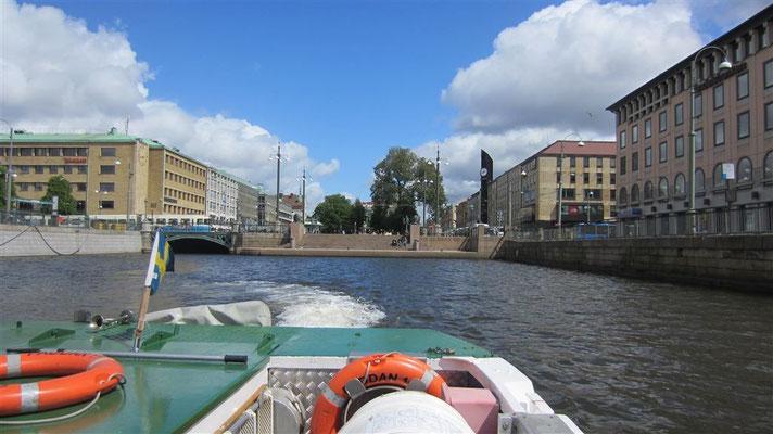 Eine Bootstour die ist lustig - und spart die Hatscherei :-)