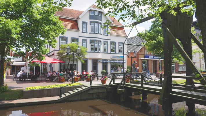Eines der schönen alten Häuser am Hauptkanal.