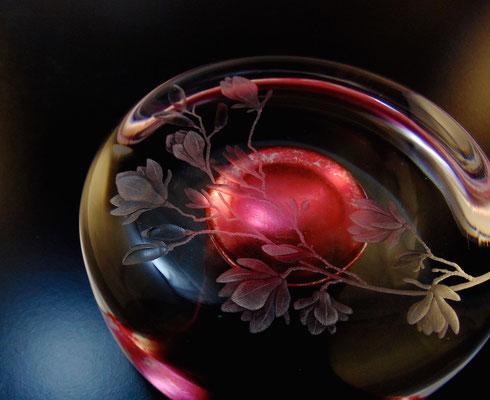 'boudoir' engraved glasma glass (blown by simon eccles) pink silver leaf 15 dia x 8cms h
