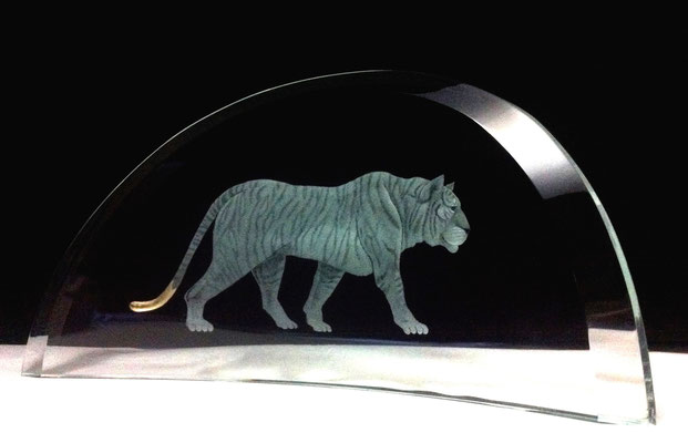 'tiger' engraved with moon gold leaf 20cms wide