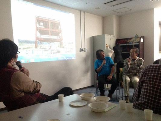 田中さんの写真で座談会。司会はさをりひろばの城さん。まご関・田中さん(映ってなくてスイマセン)、ツナミクラフト・東山さん、そして筆者の不肖マルヤマです。