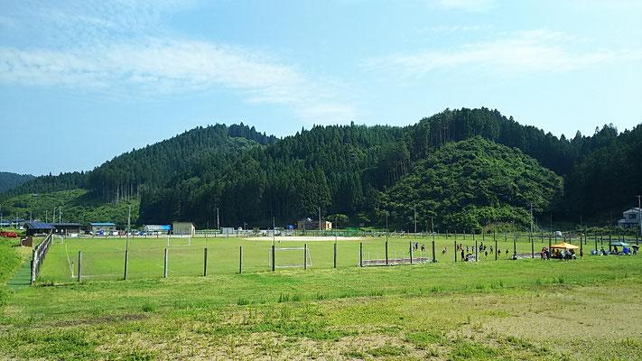 上長部地区のサッカーグラウンド。