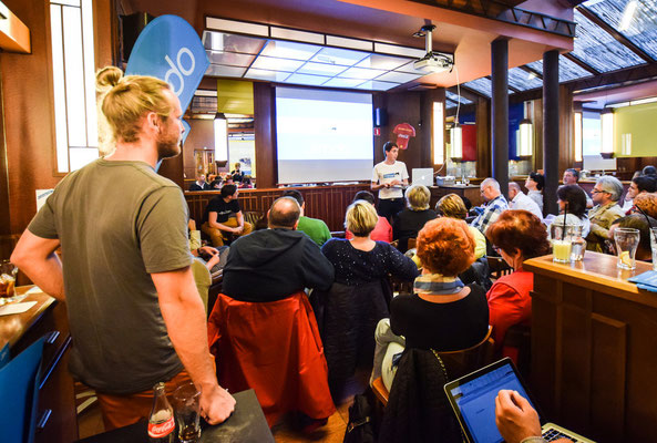 Jimdesign explique les bases du design à des utilisateurs belges
