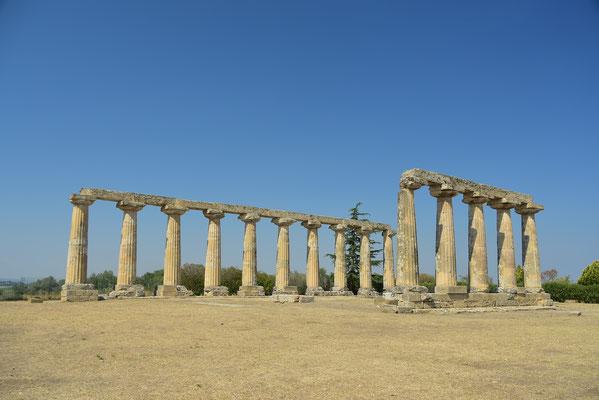 トロイア戦争から帰還したギリシア英雄ネストラを記念して建設されたとされる植民都市、メタポント(バジリカータ州)の起源は紀元前7世紀。ゼウスの美しい妃、ヘラに捧げたヘラ神殿。