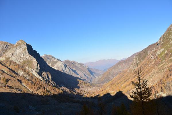 イタリア北西部ピエモンテ州のフランスとの国境近くにも小範囲でみられる石灰岩の山々