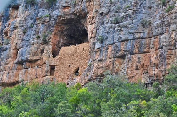 Baume fortifié de Quinson