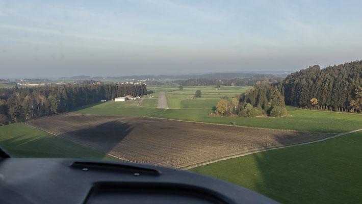 Anflug auf Vogtareuth Richtung Osten