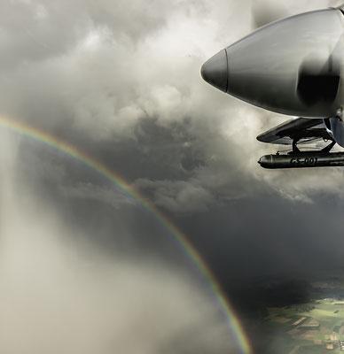 Regenbogen gegen Propeller