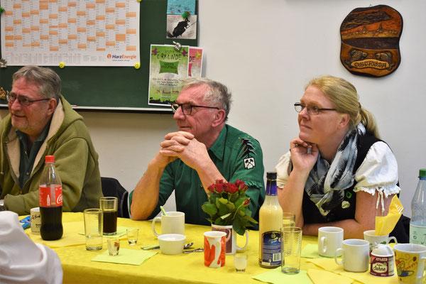 Neuer Kassenprüfer Alwin Reuter (Mitte)