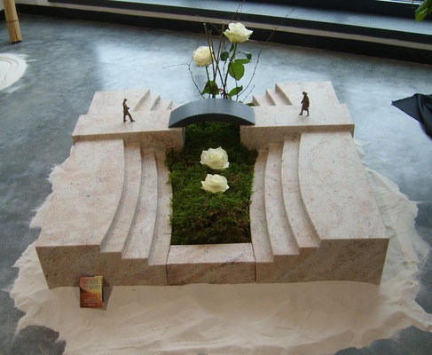 Urnengrab in SHIVAKASHI, geschliffen,