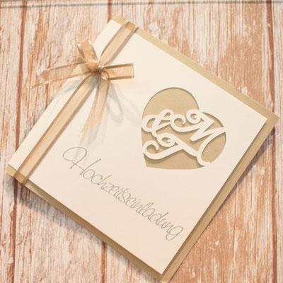 """Monogrammschnitt Einladungskarte mit Embossingstempel """"Hochzeitseinladung"""""""