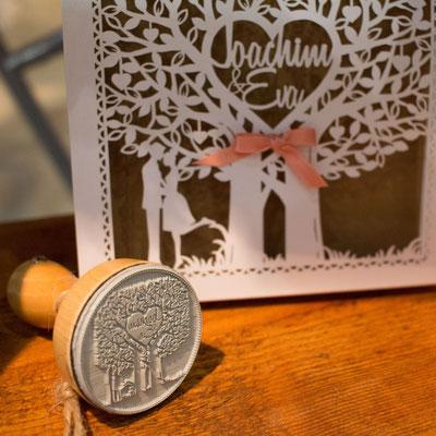 Personalisierbare Lasercut Hochzeitskarte #PB0147 mit selbstgemachtem Stempel