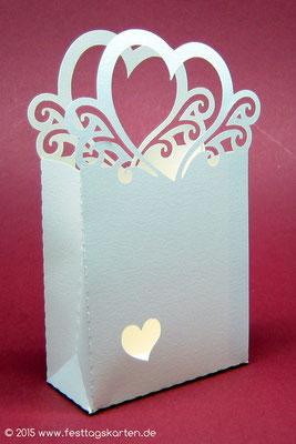 """Kartonage """"Herztäschchen"""", Silhouette Schneidetechnik, personalisierbar und mit Kleinigkeiten befüllbar. Gastgeschenk"""