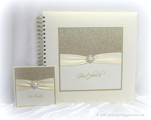 Hochzeits Set: Einladungskarte und Gästebuch, Glitter Gold, Satinband, Straßbrosche 56