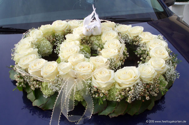 Fahrzeugschmuck: Doppelringe Rosen Creme mit Taubenpärchen