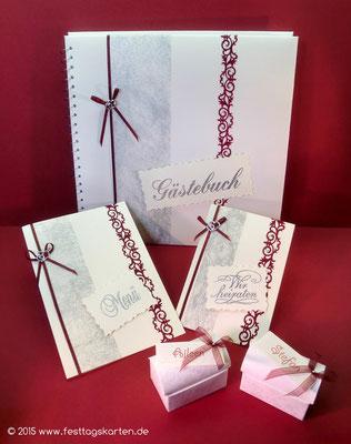 Hochzeits Set: Eindladungskarte, Menükarte, Gastgeschenke und Gästebuch, Ornamentbordüre, Embossing Stempeltechnik.