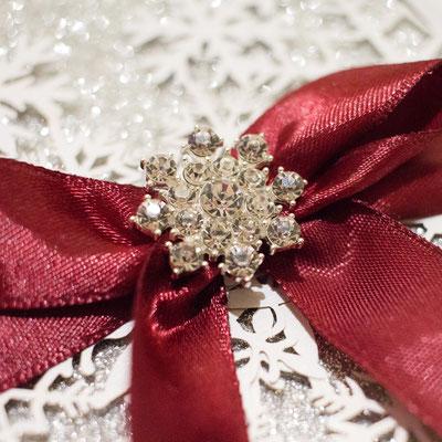 """Glitter Lasercut Hochzeitskarte """"Schneekristall"""" #GL0154 mit wunderschöner Brosche #embellishment"""