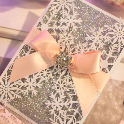 "Glitter Lasercut Hochzeitskarte ""Schneekristall"" #GL0154"