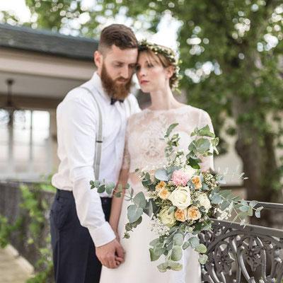 Brautstrauß im Boho-Style mit Eukalytpus